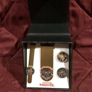Other - Brand new captain marvel tie clip and cuff links